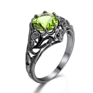 Lure Ring Black (Peridot)