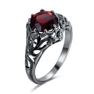 Lure Ring Black (Garnet)