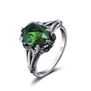 Bunched Love Ring Silver (Emerald)