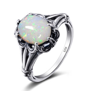 Bunched Love Ring Silver (Opal)
