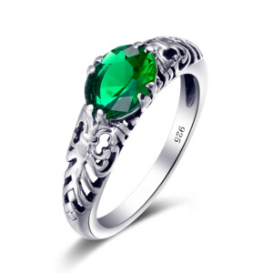 Belle Ring Silver (Emerald)