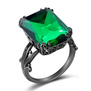 Stunner Ring Black (Emerald)