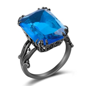 Stunner Ring Black (Blue Topaz)