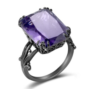 Stunner Ring Black (Amethyst)